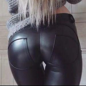 NEW Black Leather Scrunch Bum Pants XS/S Faux Jean